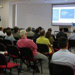 Vantagens da mobilidade elétrica abordadas em workshop para empresários